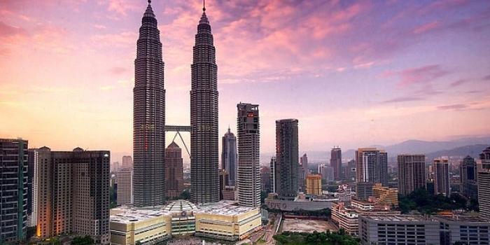 Dünyanın en yüksek ikiz gökdeleni: Petronas
