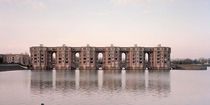 Paris'in unutulmuş yapıları