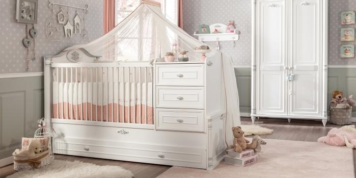 Çilek'ten Romantic bebek odası