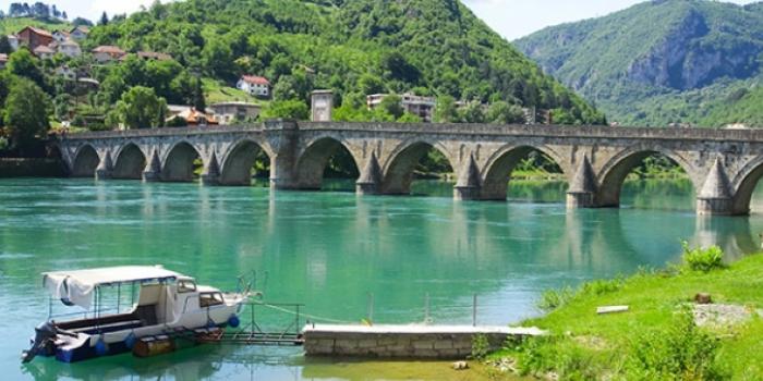 Drina köprüsü romanı