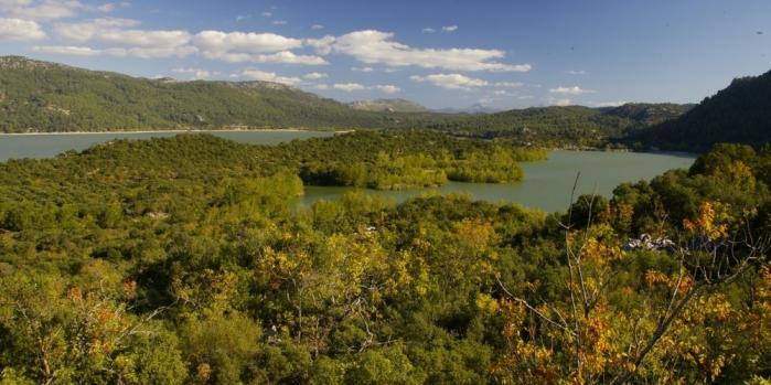 Kovada Gölü Milli Parkı nerede?