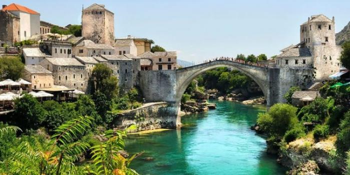 Mostar Köprüsü nerede?