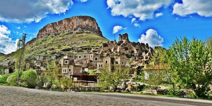 Kapadokya'nın giriş kapısı: Soğanlı Köyü