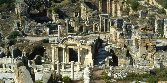 Arkeolojik SİT alanlarında yapılaşma tartışması