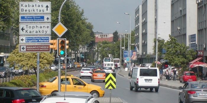 Mecidiyeköy kabataş mahmutbey metro inşaatı