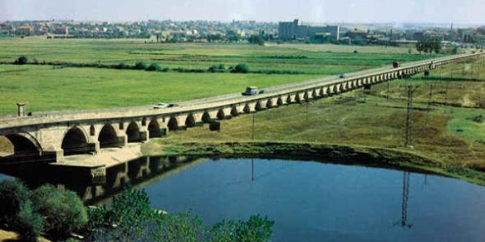 Dünyanın en uzun taş köprüsü Edirne'de!