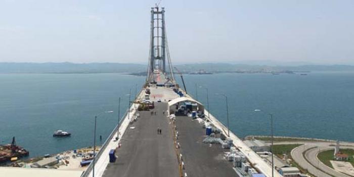 Körfez Köprüsü'nde asfalt çalışmaları başladı