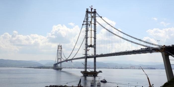Körfez Köprüsü'nde 75 bin araç baskısı
