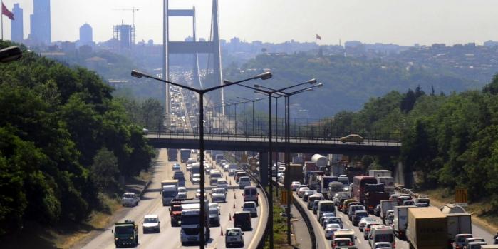 Köprü ve otoyollardan 512.3 milyon TL gelir