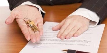 Kiracı sözleşmesi bitmeden evden çıkmak isterse ne olur?