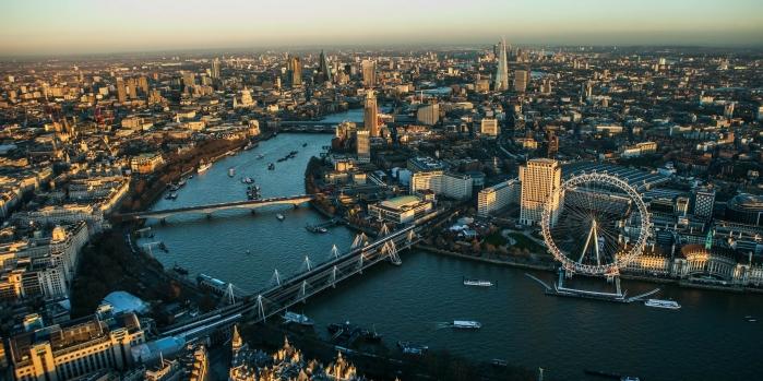 Konut fiyatlarında İngiltere'de artış; ABD'de şok düşüş