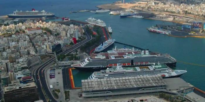 Yunanistan'ın dev limanı Çinlilere satıldı