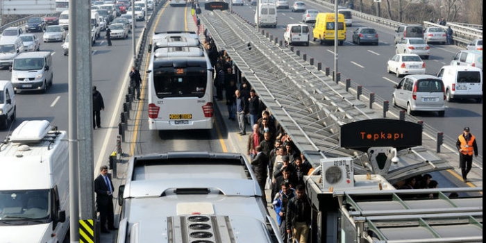 İstanbul Büyükşehir Belediyesi'nden ücretsiz toplu taşıma açıklaması