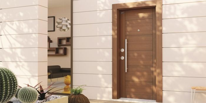 Yazlık evlere çelik kapı şart