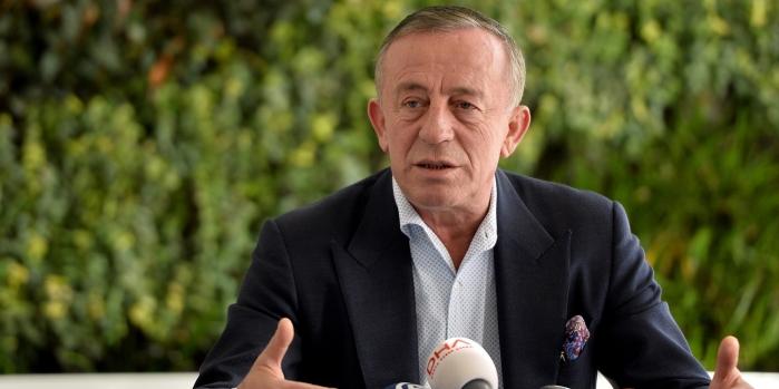 Ağaoğlu'ndan Ahmet Hakan'a: Reyting peşinde