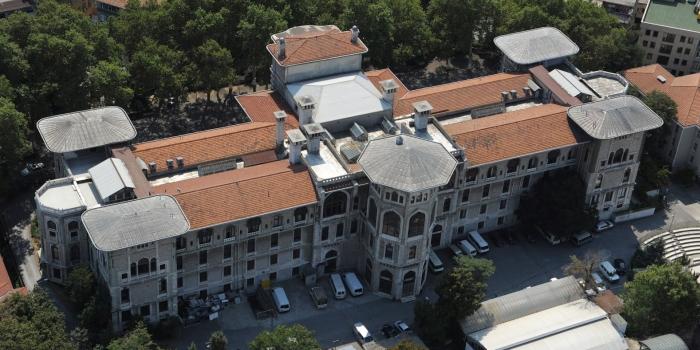 İstanbul Erkek Lisesi'ne tahliye şoku
