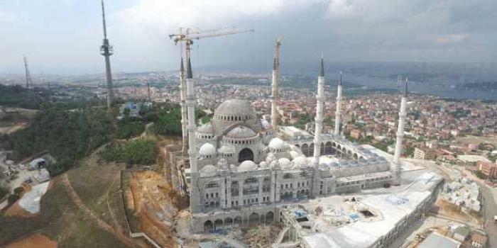 Çamlıca Camii'nin kaba inşaatı tamamlandı