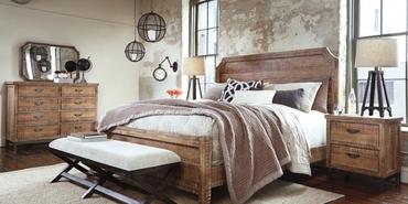 Ashley Furniture tropikal esintileri yatak odasına taşıyor