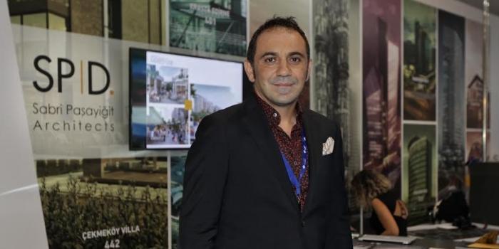 Dev Körfez Firması yeni projesi için Sabri Paşayiğit ile el sıkıştı