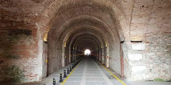 Beylerbeyi Tüneli trafiğe açıldı