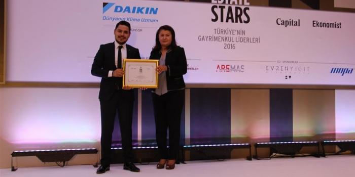 Real Estate Stars'tan Özyurtlar'a ödül yağdı