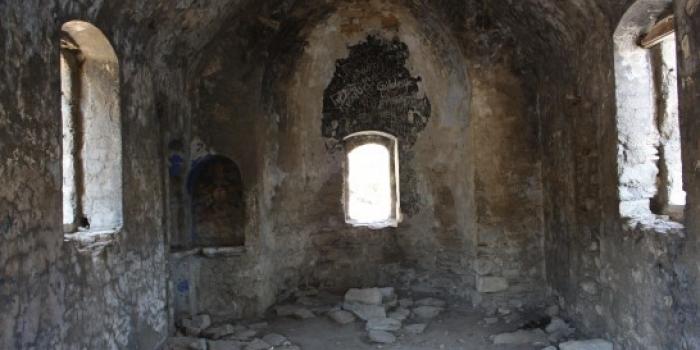 Bodrum'da sudan ucuz Roma Kilisesi