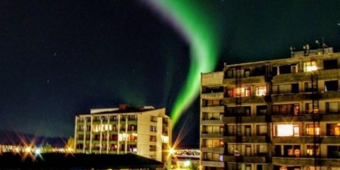 İzlanda'nın başkenti Reykjavik karanlığa büründü