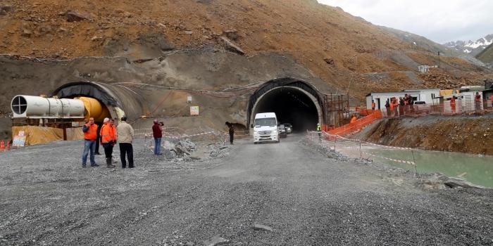 Ovit Tüneli'nin yüzde 98'i tamamlandı