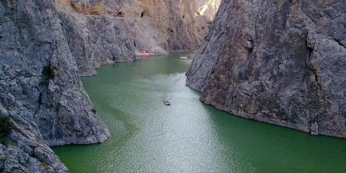 Fırat Karanlık Kanyon'a asma köprü projesi