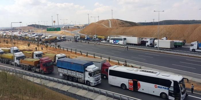 Otobüsçülerden 3. Köprü isyanı: 'Devletin Köprüsü 6 TL, müteahhidin köprüsü 40 TL'