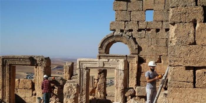Bin 500 yıllık yeraltı sığınağı bulundu