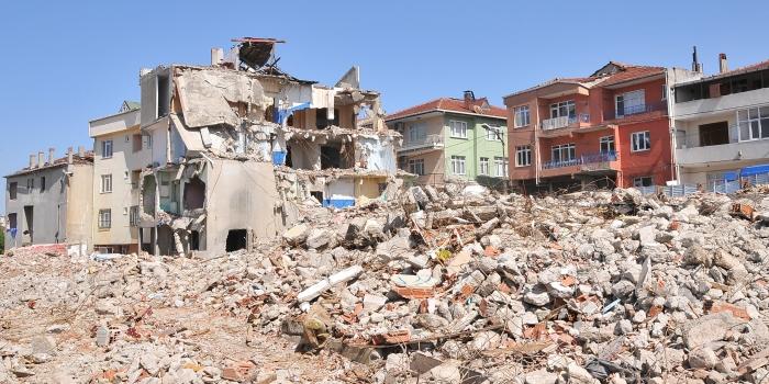 Çevre ve Şehircilik Bakanlığı'ndan Fikirtepe'ye acil müdahale