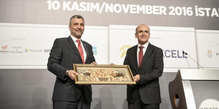Başbakan Yardımcısı Şimşek: Türkiye küresel şoklara rahat yanıt veriyor