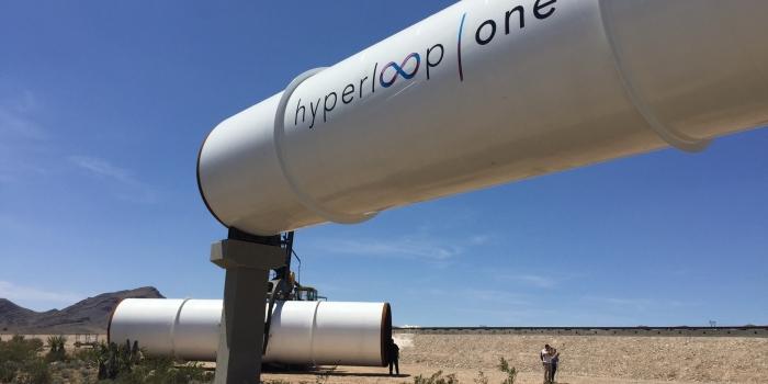 İlk ticari Hyperloop One seferleri Dubai'de başlıyor