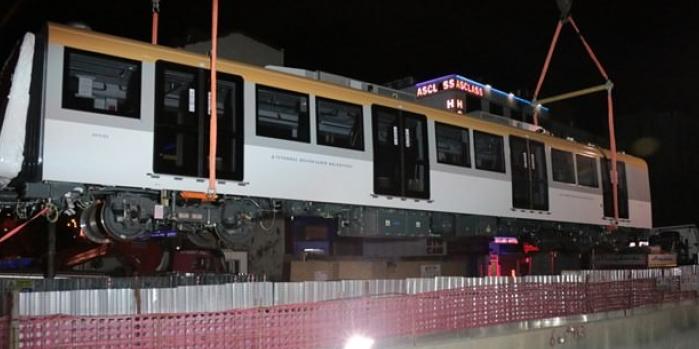 Üsküdar-Çekmeköy Metro Hattı vagonları İspanya'dan geldi