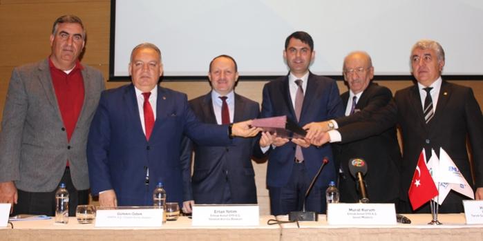 Emlak Konut ve Tariş İzmir Alsancak projesi için protokol imzaladı