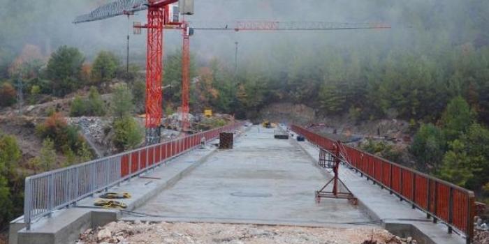 Antalya Ak Köprü'de sona gelindi