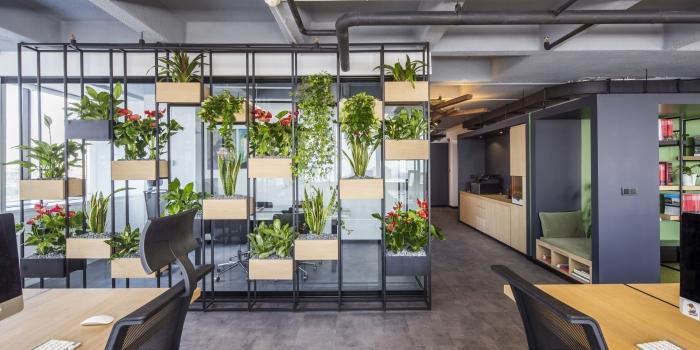 Slash Architects'ten Doğa Dostu Ofis Tasarımı