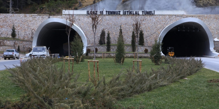 718 milyonluk Ilgaz Tüneli hizmete açıldı