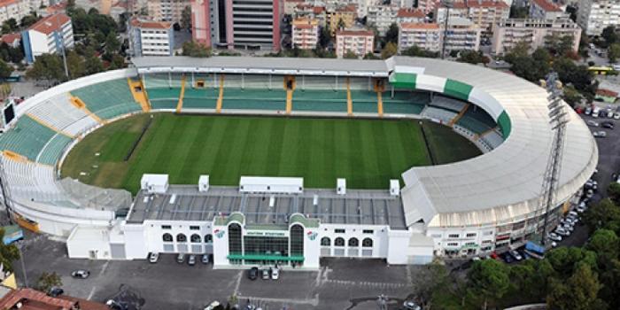 Bursa Atatürk Stadyumu meydana dönüşüyor
