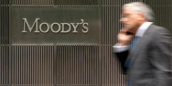Moodys'den Türk bankalarına takibe düşen kredi uyarısı