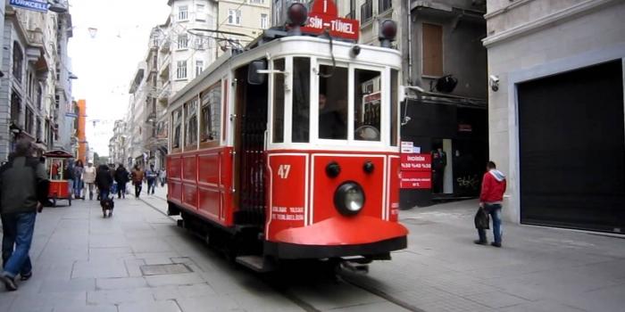 İstiklal Nostaljik Tramvay seferleri geçici olarak durduruluyor