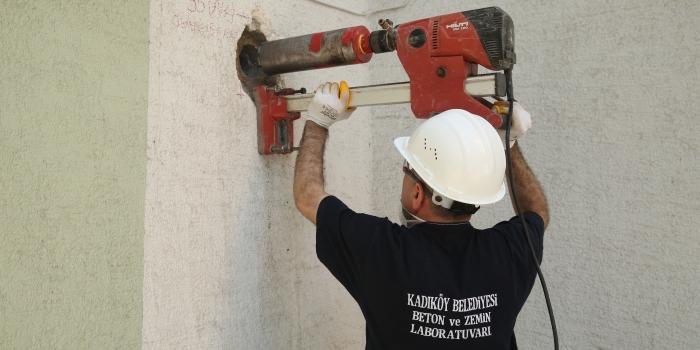 Kadıköy Belediyesi bina etütlerini sürdürüyor