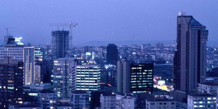 İstanbul ofis pazarında kiralar geriliyor