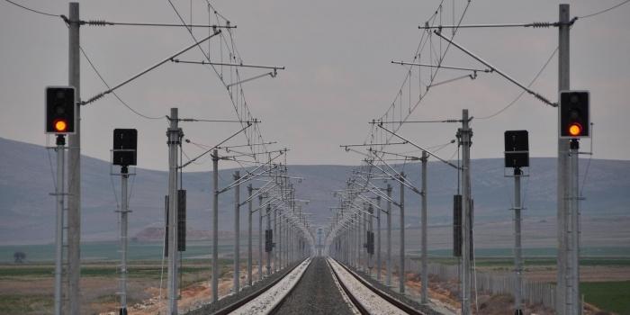 Yüksek Hızlı Tren Eskişehir'i Antalya ve Bolu'ya bağlayacak