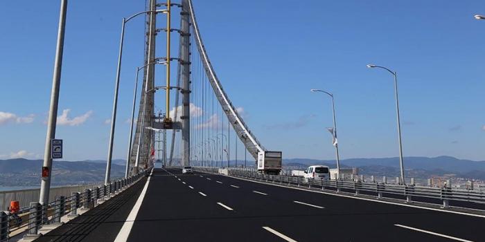 Körfez Köprüsü'nün yükü indirime rağmen ağırlaşıyor