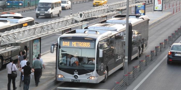 İstanbul metrobüs durakları