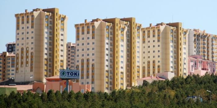Yozgat Saraykent Toki Evleri'nde sözleşme imzalamaları başladı
