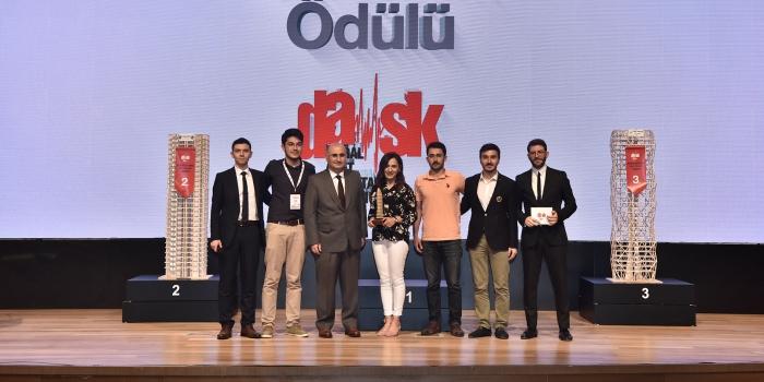Depreme Dayanıklı Bina Yarışması'nda büyük ödül Dokuz Eylül Üniversitesi'nin