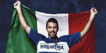 Ünlü İtalyan kaleci, yatak markasının reklam yüzü oldu